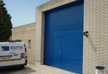 Puertas seccionales industriales de AENA