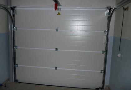 Puertas de garaje en Torrejón