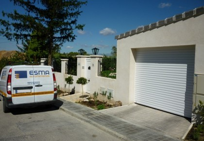 Puertas de garaje en Villanueva del Pardillo
