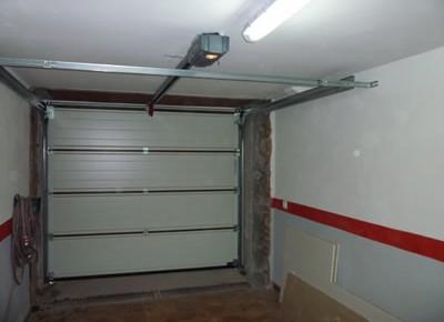 Puertas de garaje Perales del Rio