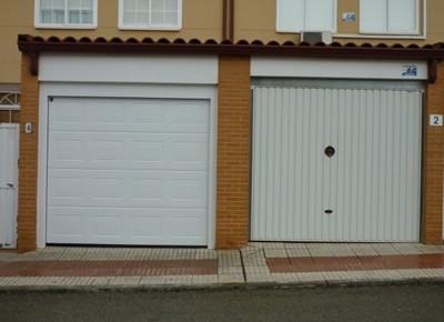 Puertas de garaje en Moraleja de Enmedio