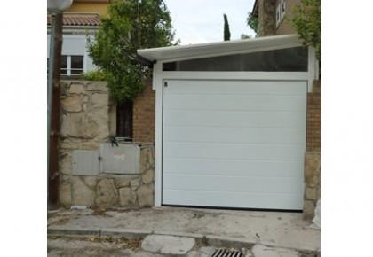 Puertas de Garaje en Guadalix de la Sierra