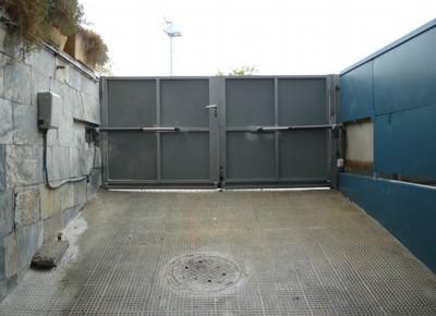 Automatización Puertas de Garaje Abatibles en Madrid