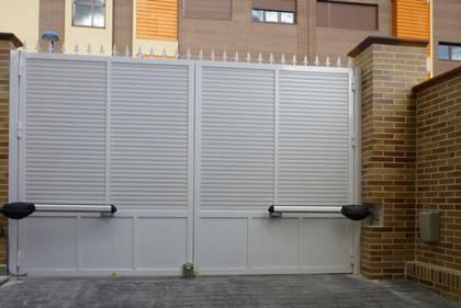 Automatización Cancelas Batientes en Madrid