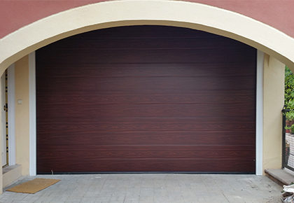 Puerta seccional Marchamalo – Guadalajara